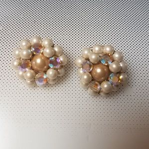 beige and white pearls and crystals clip earrings
